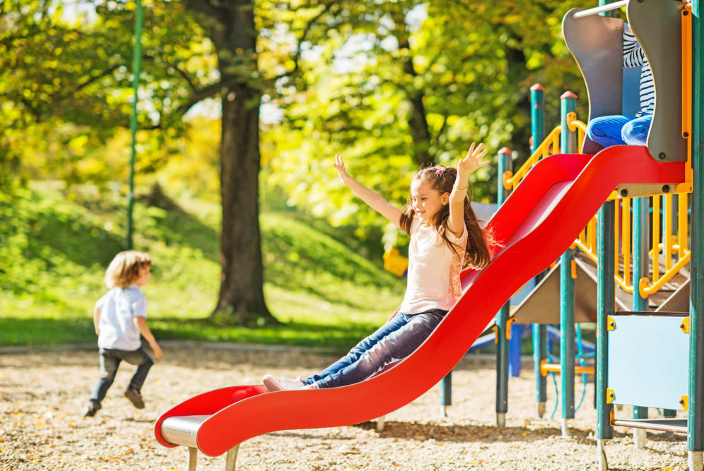 On-site playground at Henson Ridge Apartments
