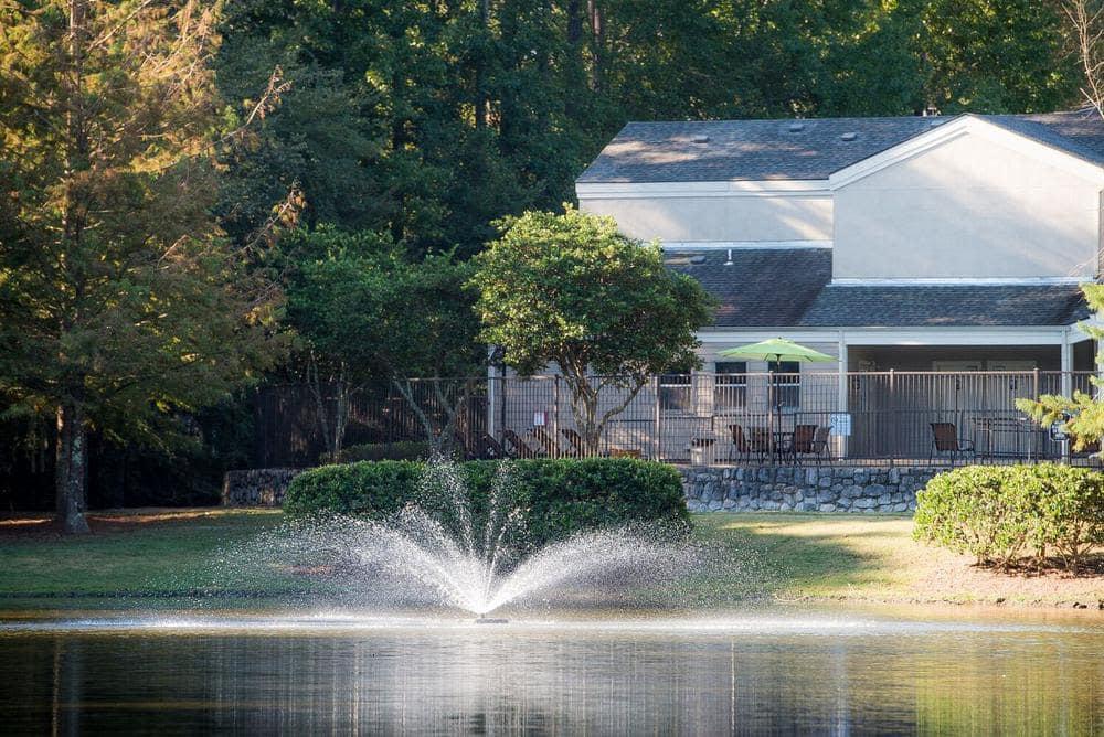 Beautiful Lake at apartments in Ridgeland, Mississippi