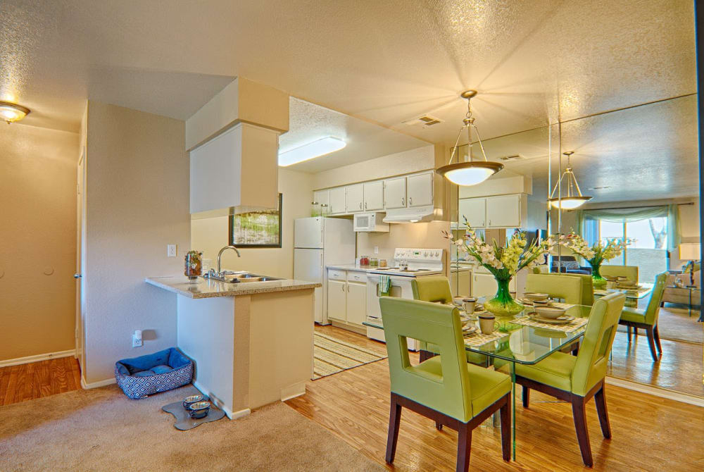 Dining room at Granada Villas Apartment Homes in Lancaster, California
