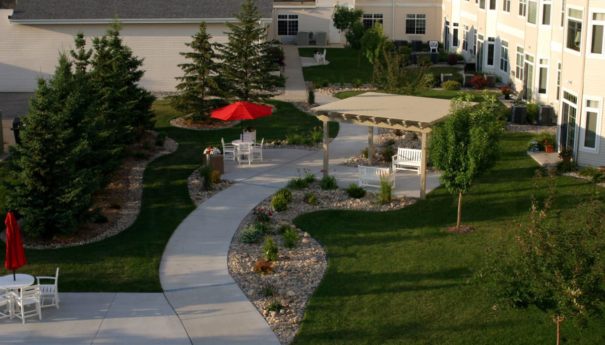 An outdoor walkway at Touchmark at Harwood Groves in Fargo, North Dakota
