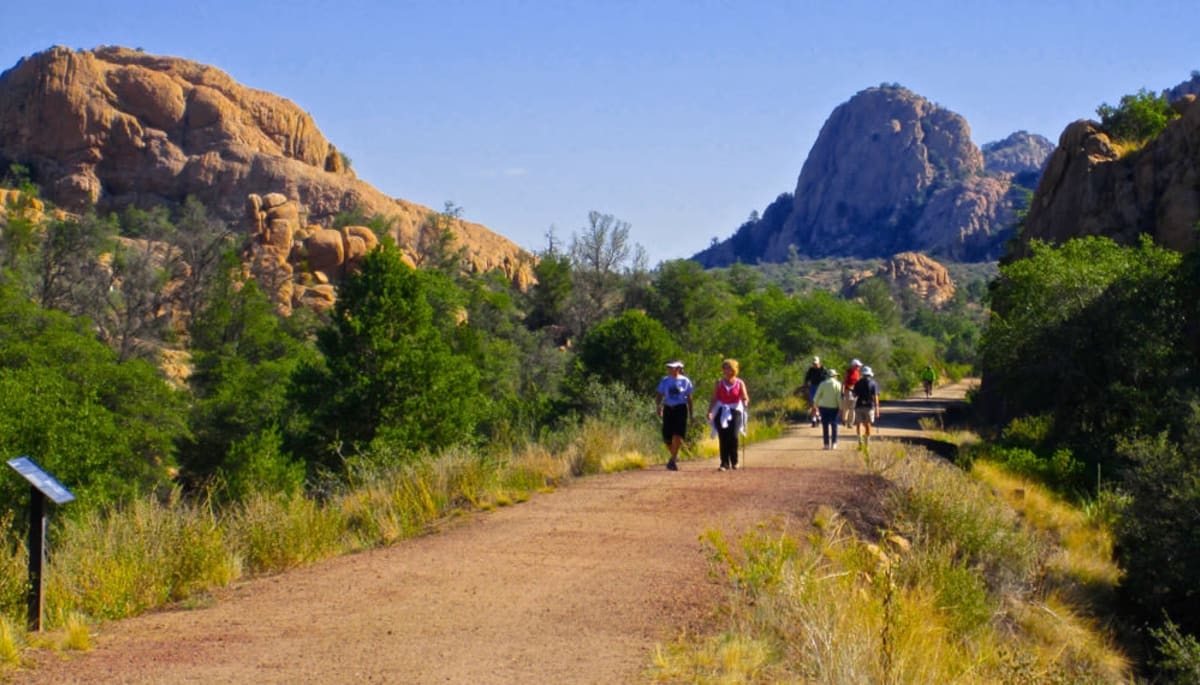 Residents on a hiking trail at Touchmark at The Ranch in Prescott, Arizona