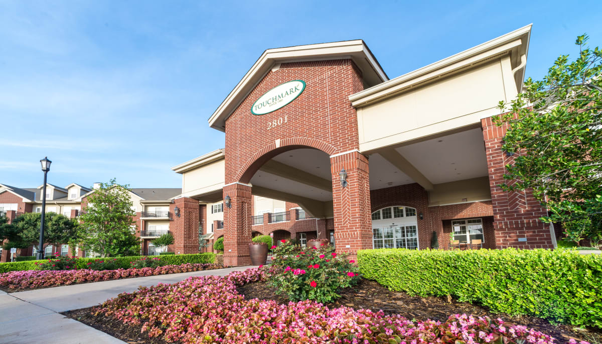 The main entrance at Touchmark at Coffee Creek in Edmond, Oklahoma
