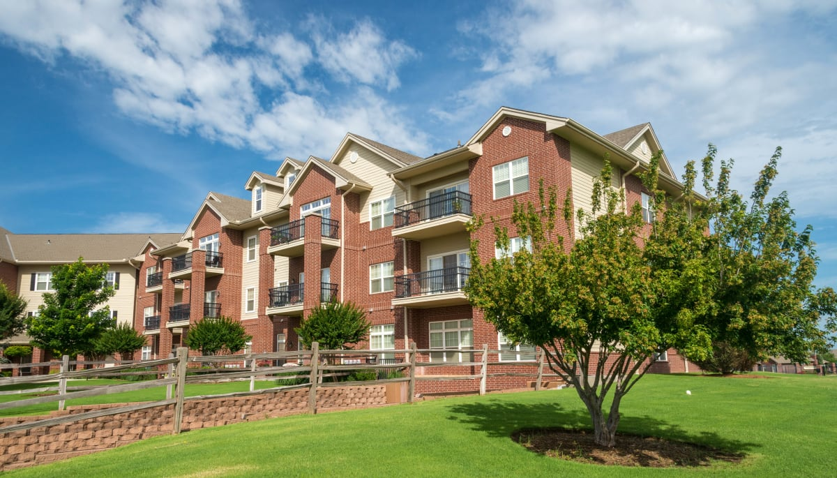 The apartment exterior at Touchmark at Coffee Creek in Edmond, Oklahoma