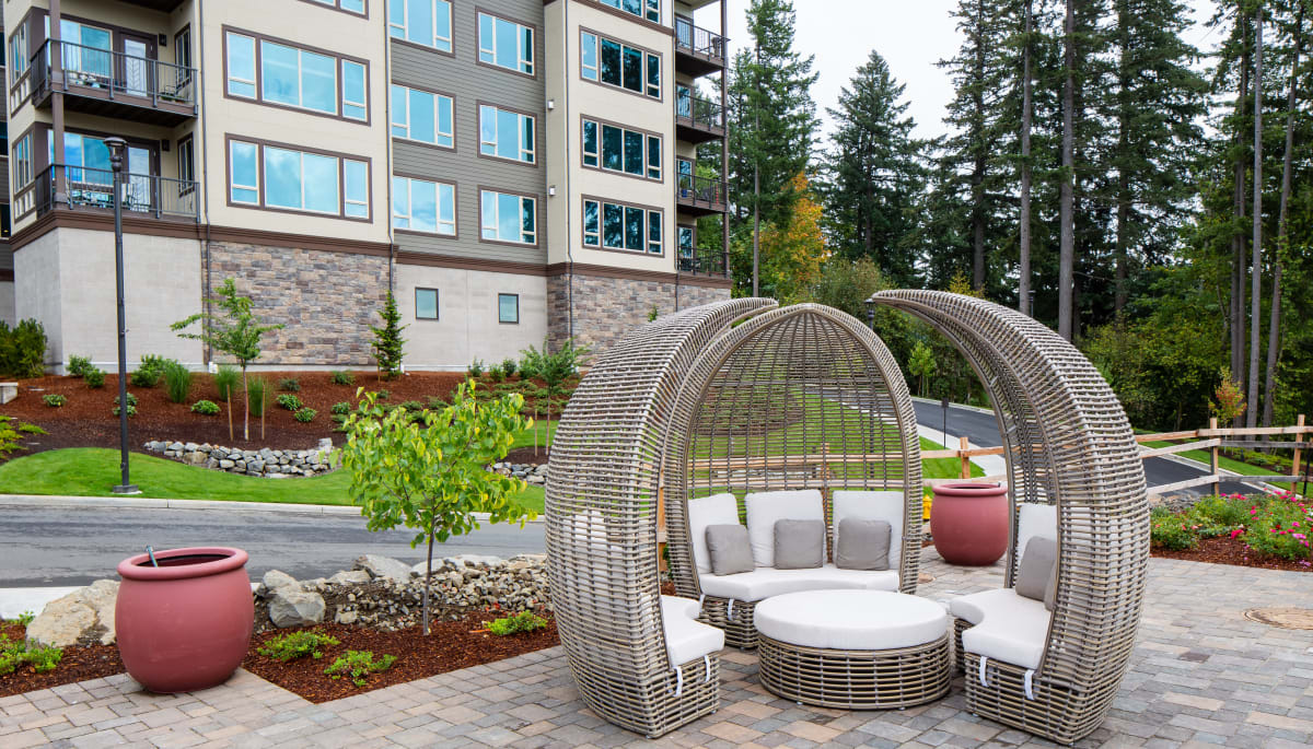 Outdoor spaces and common areas of Touchmark in the West Hills in Portland, Oregon