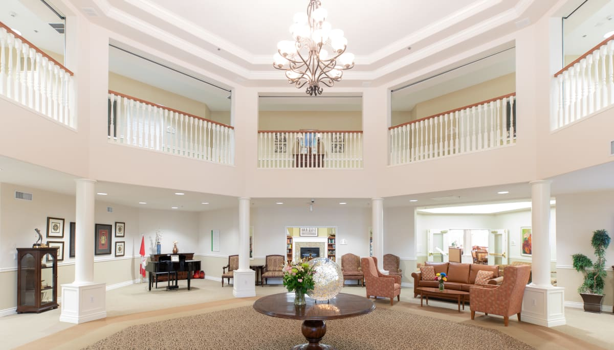 grand entry way at Touchmark at Wedgewood in Edmonton, Alberta