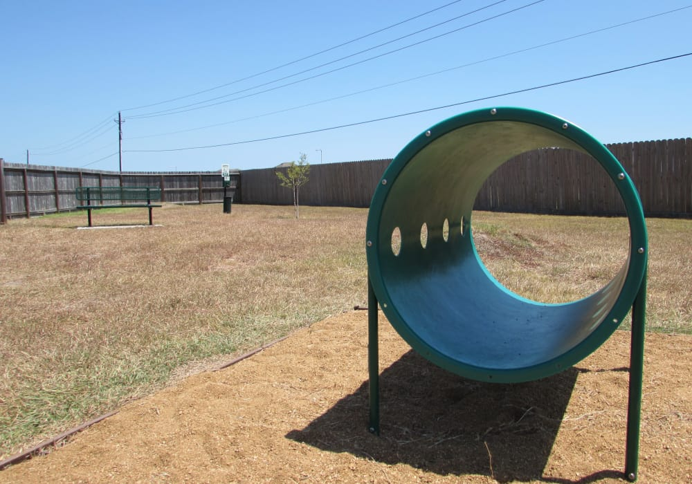Pavilions at Northshore offers an onsite dog park in Portland, Texas