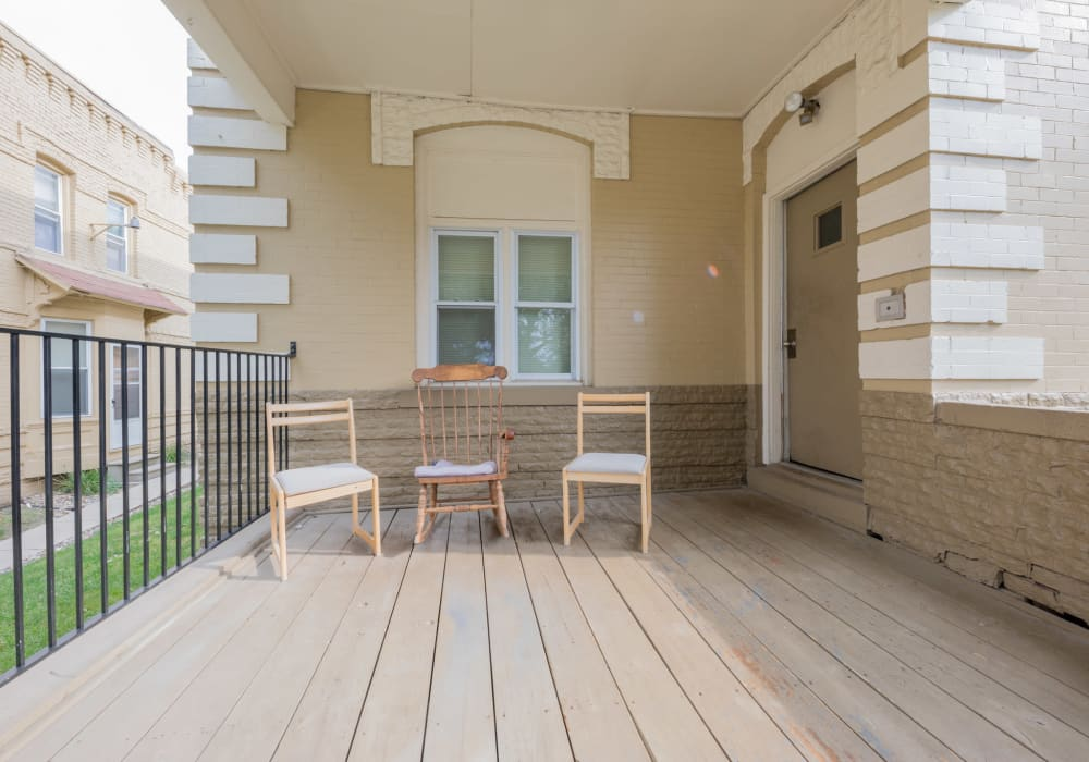 Community amenities at Pleasant Street Apartments in Des Moines, Iowa