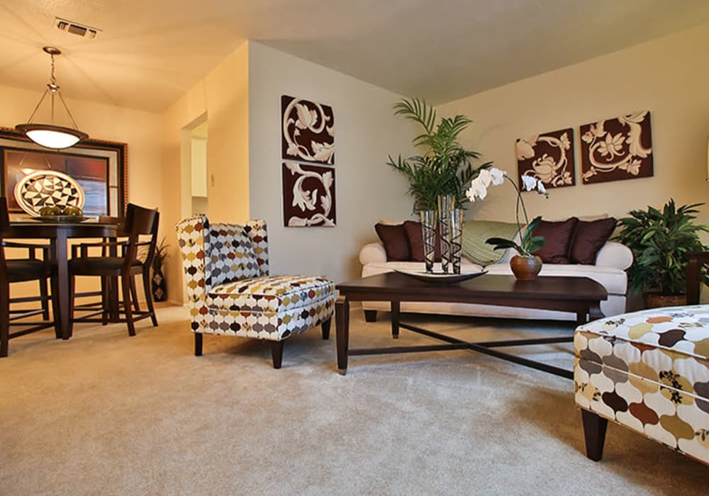 Wonderful living room at Willow Oaks Apartments in Bryan, Texas
