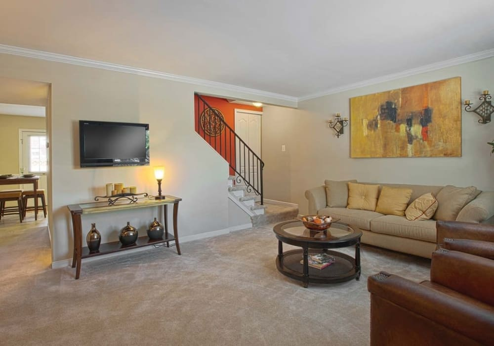 Wonderful living room at Maple Bay Townhomes in Virginia Beach, Virginia