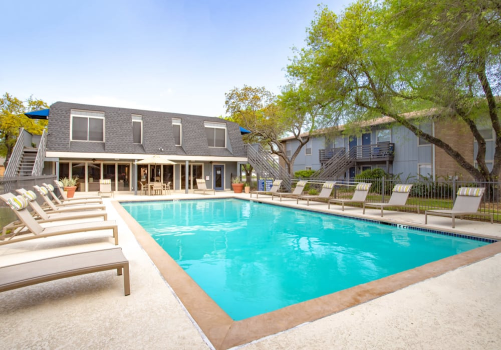 Swimming Pool at Willowick Apartments in College Station, Texas