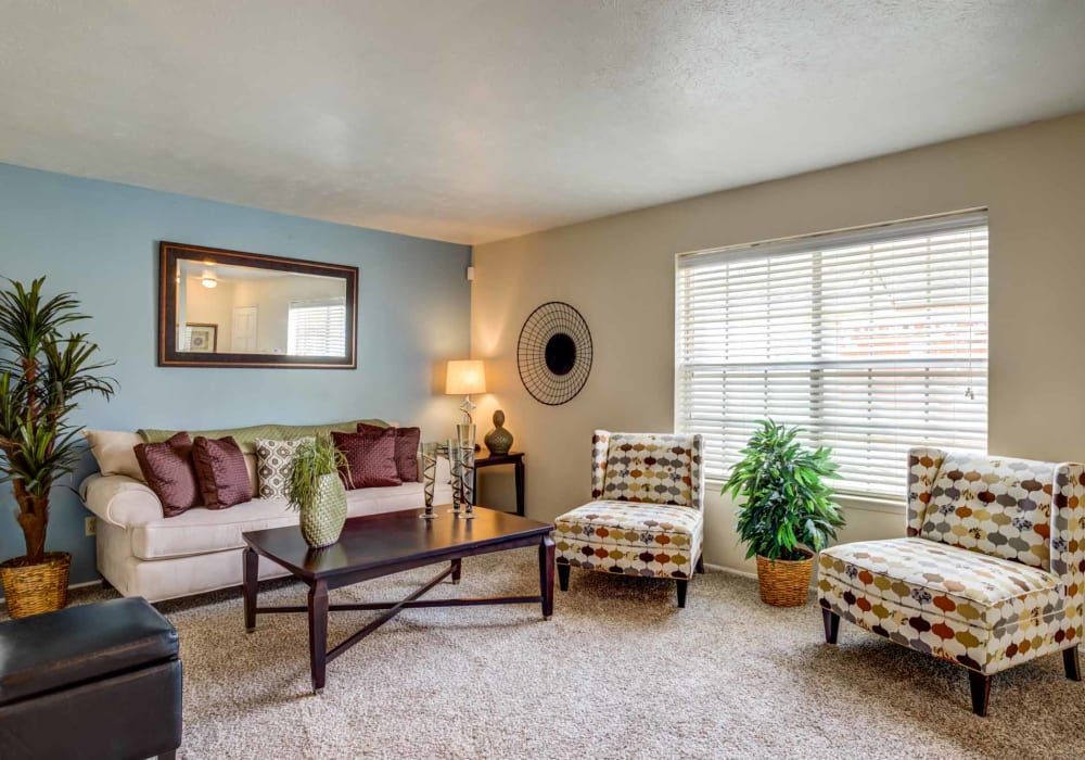 Living room at Willow Oaks Apartments