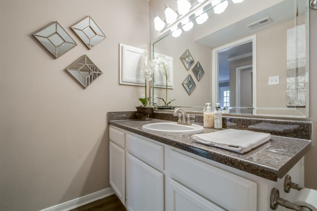 Master bathroom at Hyde Park at Enclave in Houston