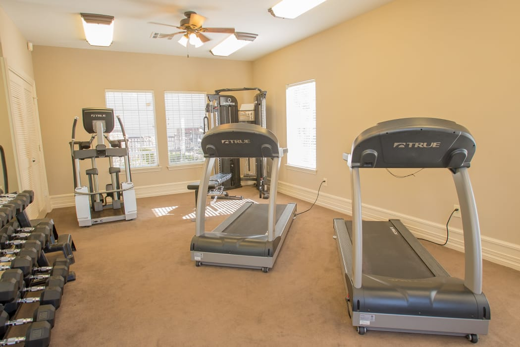 Fitness area at Crown Pointe Apartments in Oklahoma City, Oklahoma