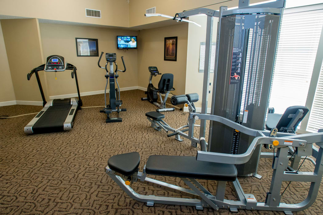 Fitness center at Eagle Point Apartments in Tulsa, Oklahoma