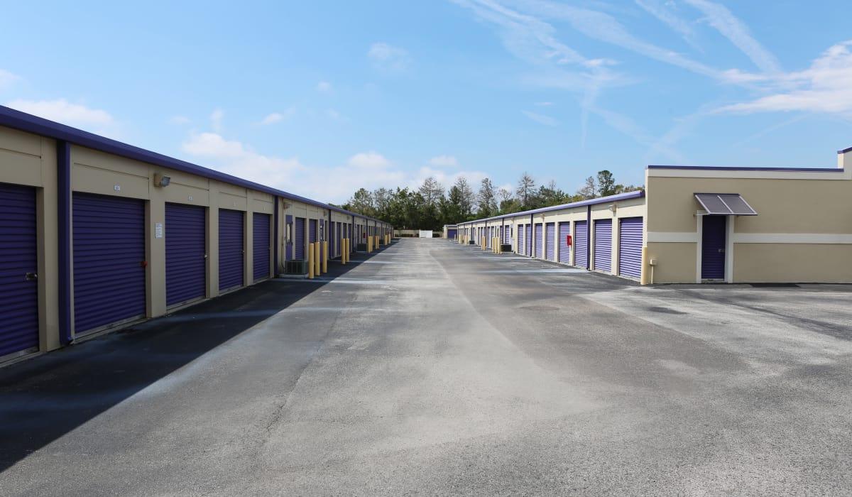 Wide driveways at StoreSmart Self-Storage in Spring Hill, Florida
