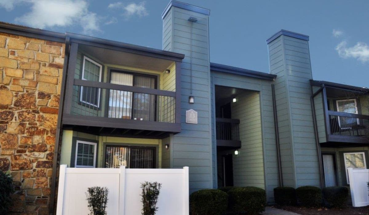 Modern exterior at Goldelm at Metropolitan in Knoxville, Tennessee