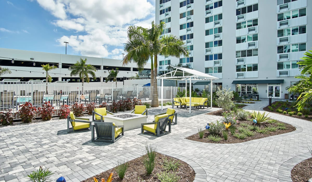 Community outdoor space at The Wayland in St Petersburg, Florida