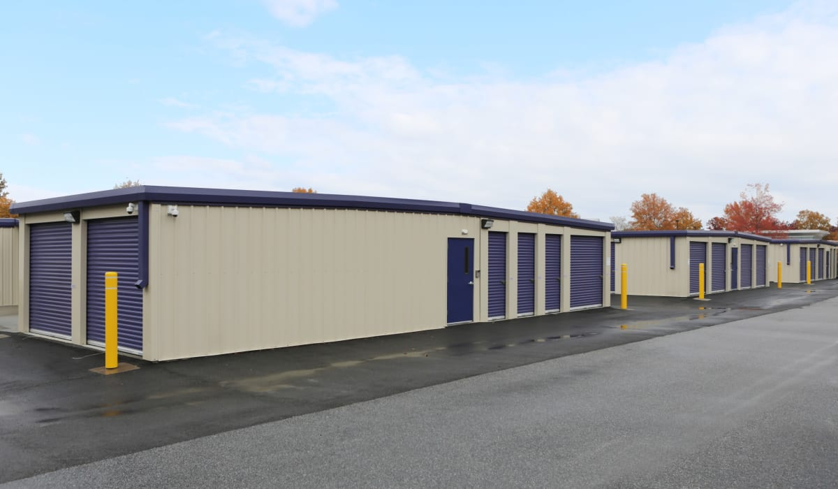 Drive-up units at StoreSmart Self-Storage in Columbia, South Carolina