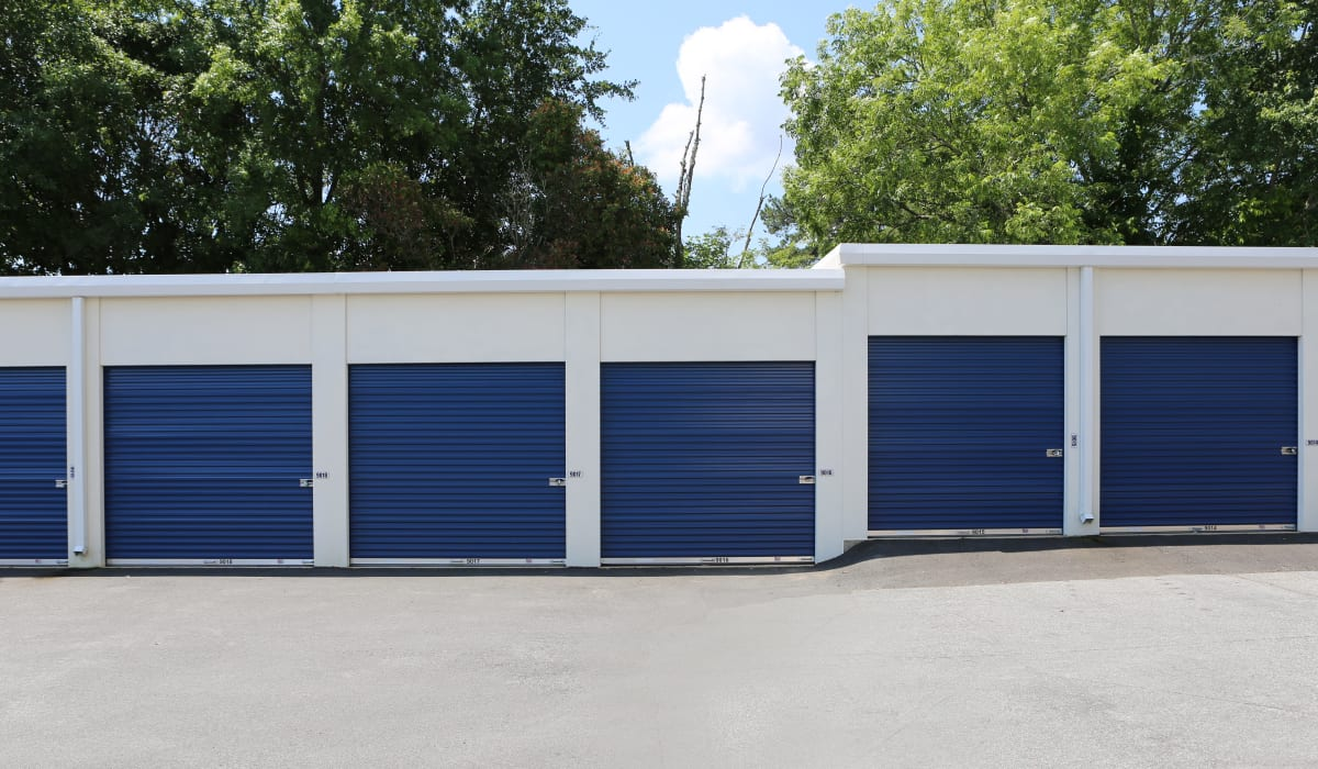 Exterior units at Midgard Self Storage in Roswell, GA