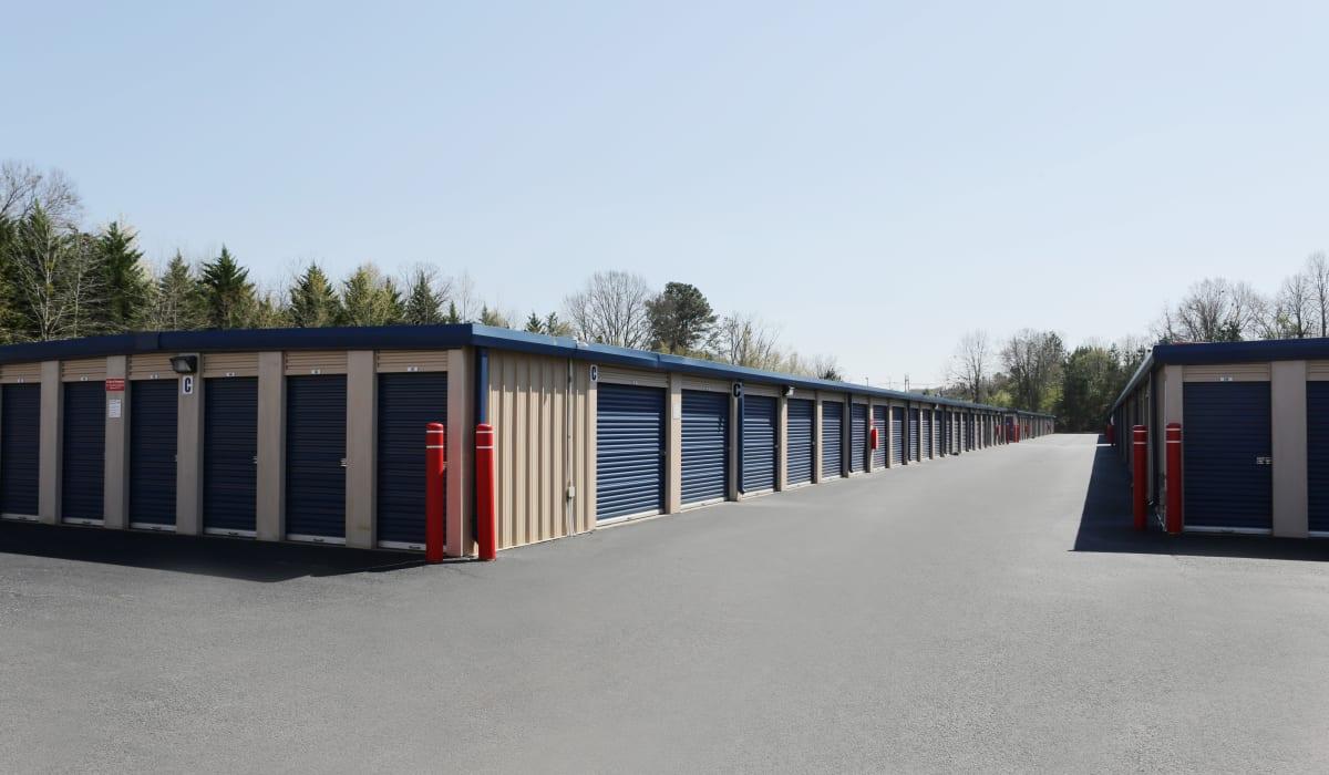 Exterior units at Midgard Self Storage in Gainesville, GA