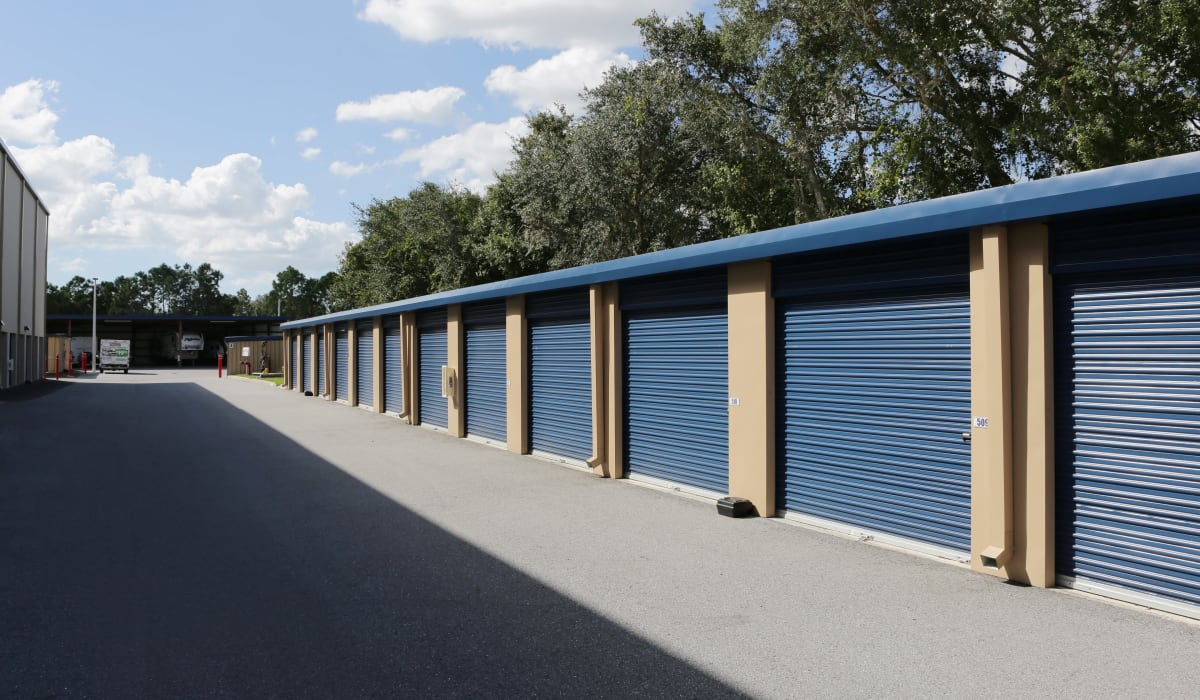 Exterior units at Midgard Self Storage in Bradenton, FL