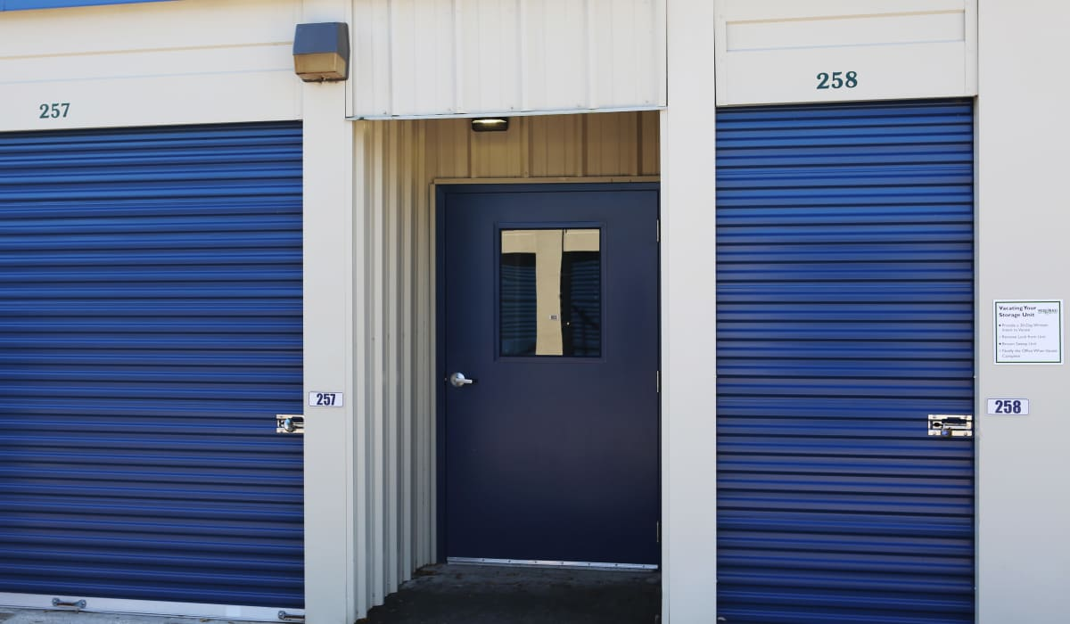 Exterior units at Midgard Self Storage in Newberry, FL