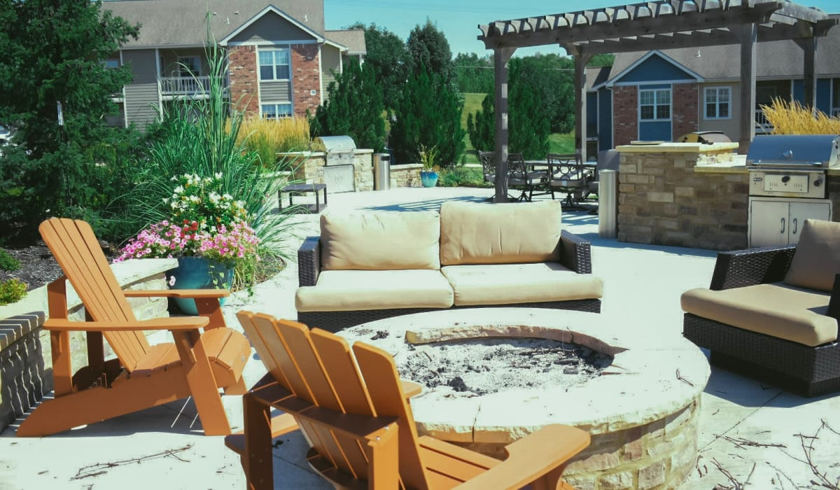 Fire pit at Aberdeen Apartments in Lawrence, Kansas