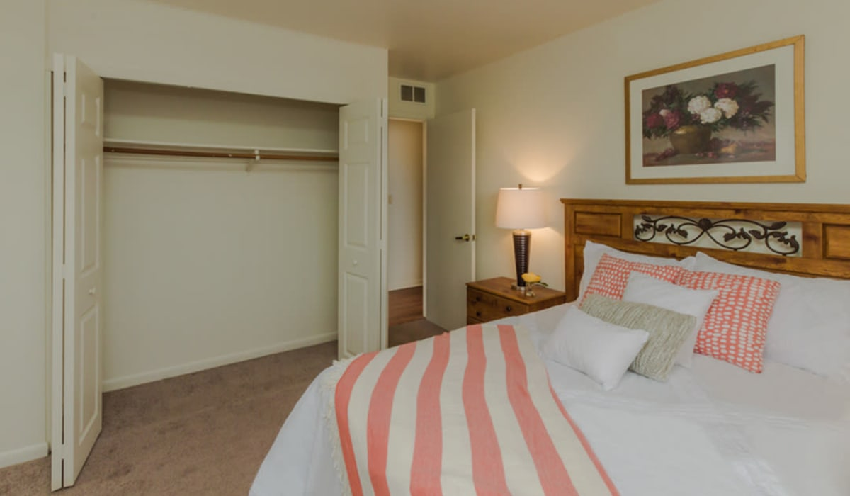A spacious bedroom with a closet at Rochester Highlands in Rochester, New York
