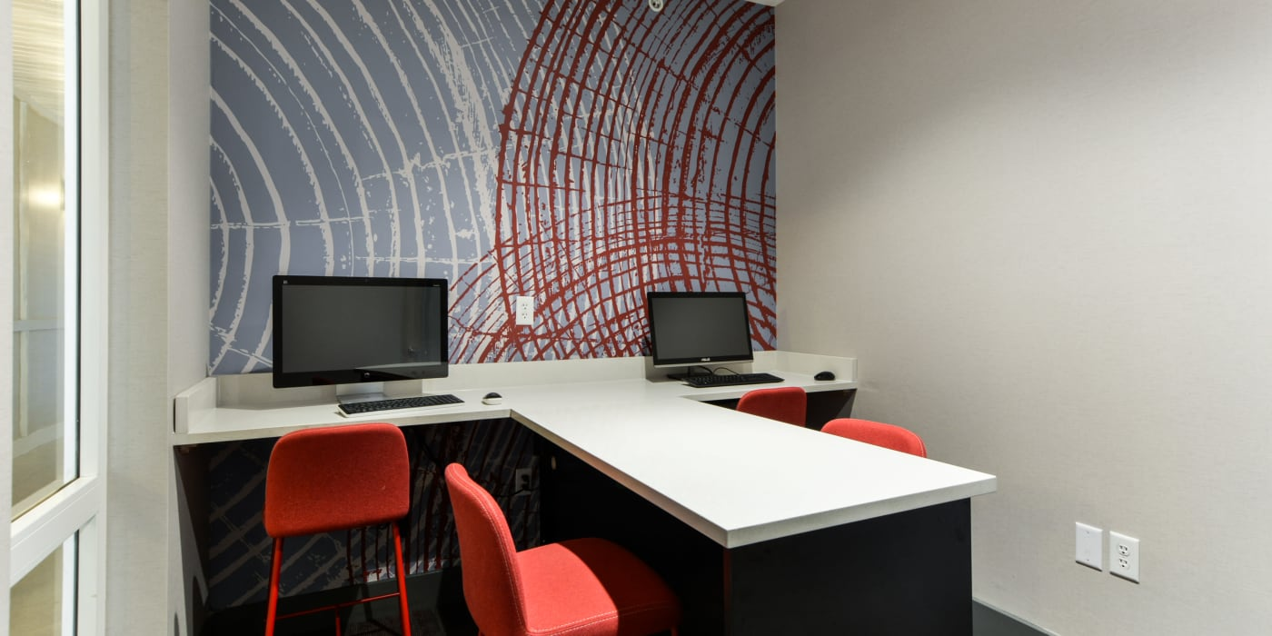A private study room at Beacon Springfield in Springfield, Missouri