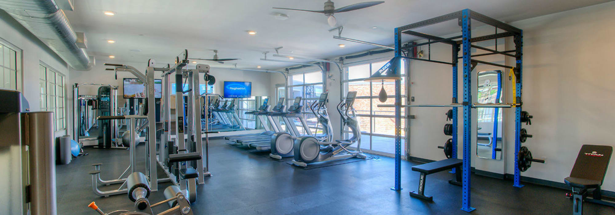 Well-equipped fitness center at District Lofts in Gilbert, Arizona