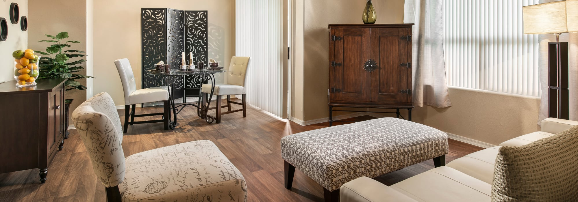 Luxury living room at Laguna at Arrowhead Ranch in Glendale, Arizona
