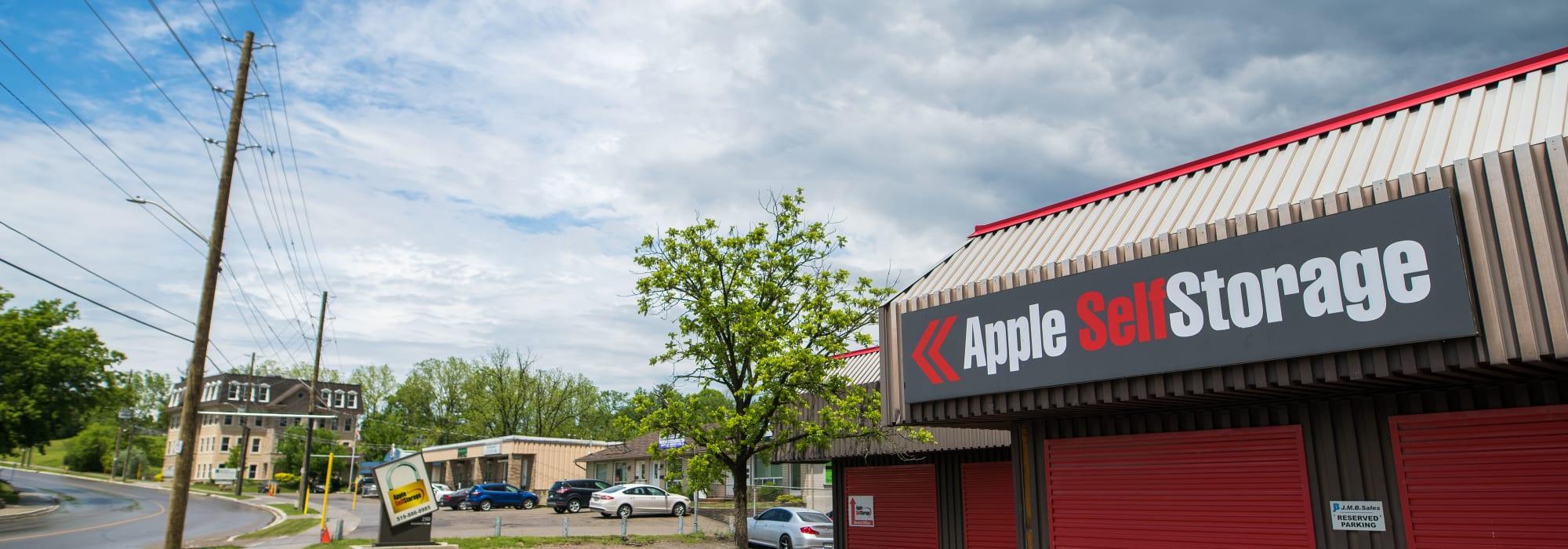 Apple Self Storage - Waterloo in Waterloo, Ontario