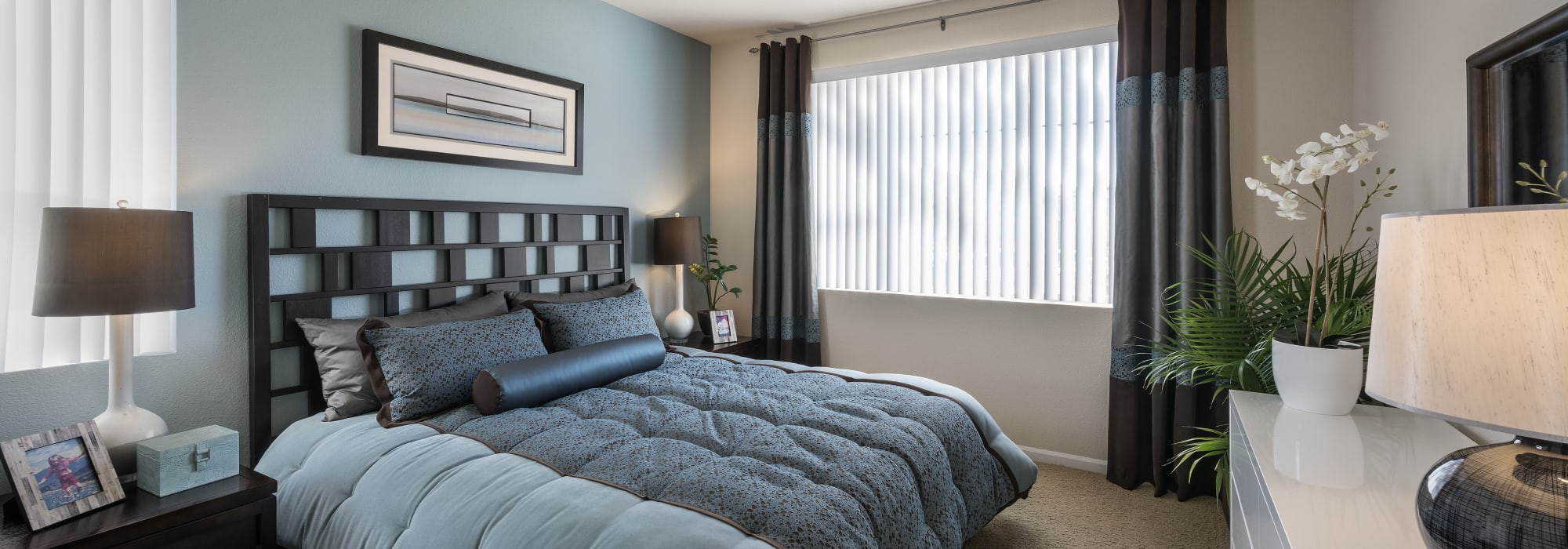 Apartments with naturally lit bedrooms at Azul at Spectrum in Gilbert, Arizona