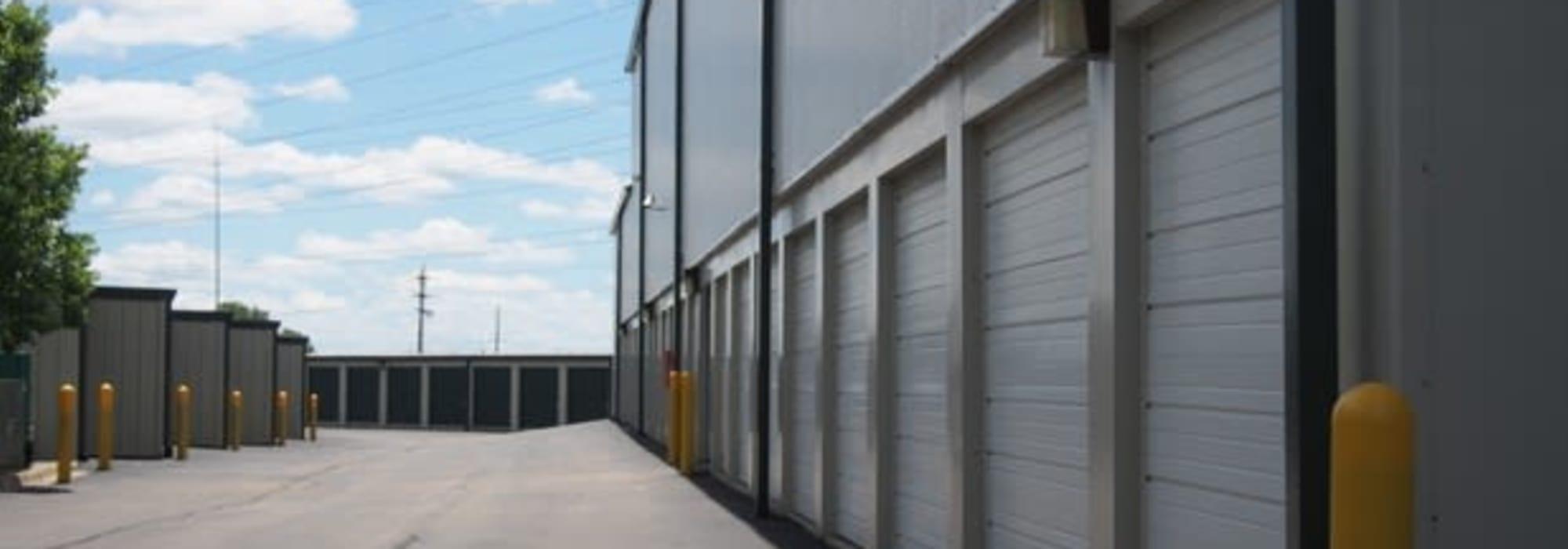 Drive-up Storage units at Michigan Storage Centers in Farmington Hills, Michigan