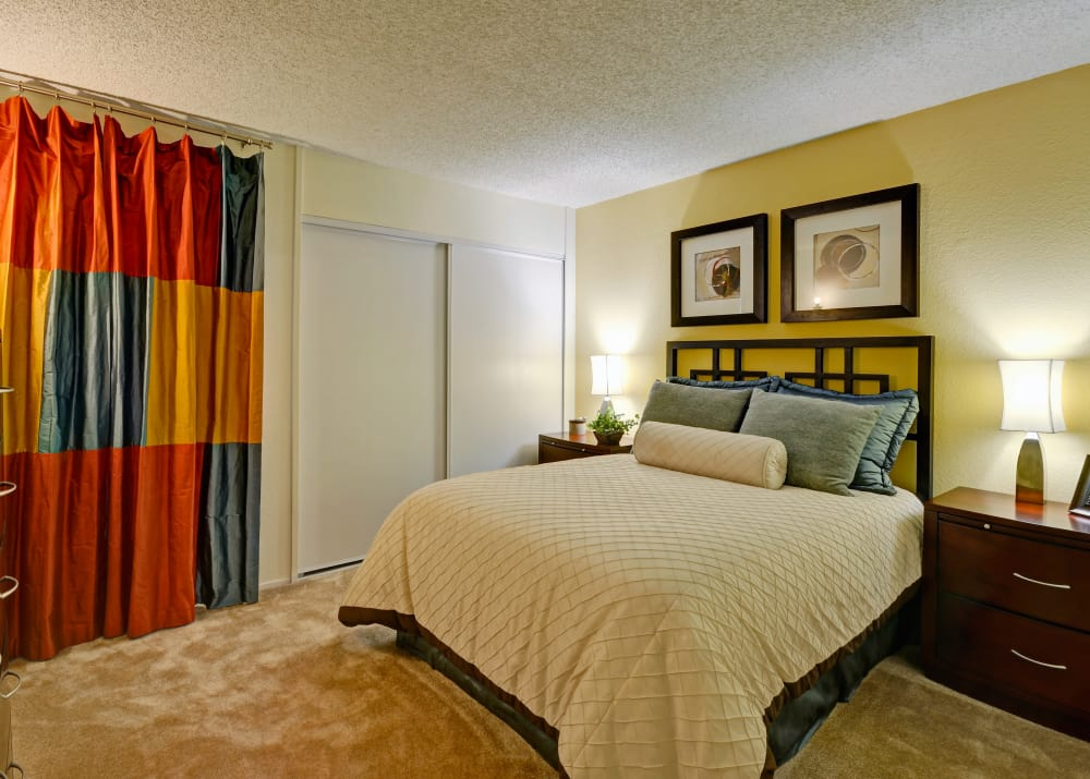 Comfortable bedrooms with full carpeting at Avery Park Apartments