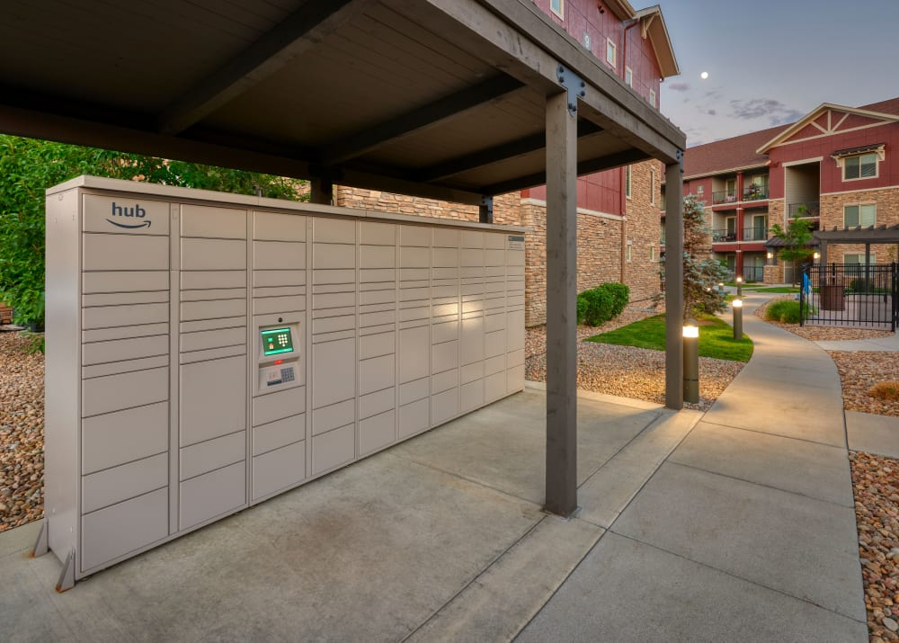 24-Hour Package Lockers at M2 Apartments in Denver,CO