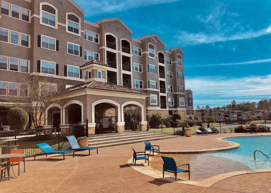 Community amenities at The Abbey on Lake Wyndemere