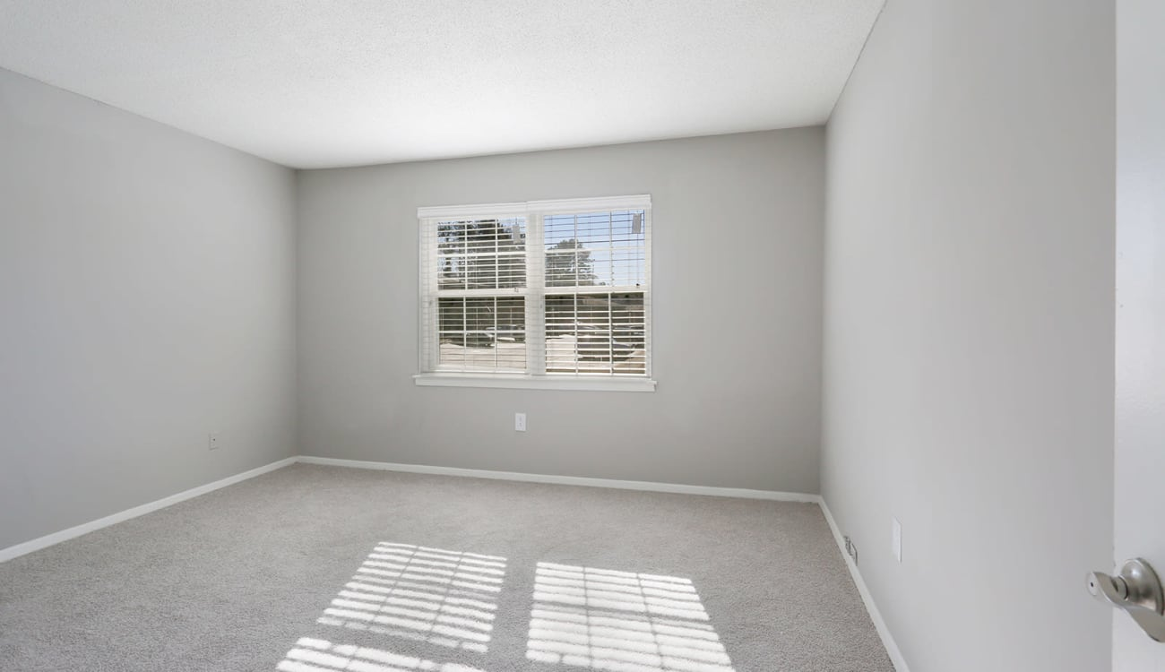Freshly painted bedroom in an apartment at Alturas Embry Hills in Doraville, Georgia