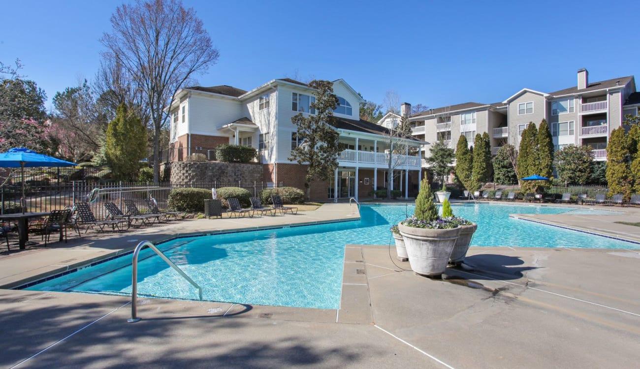 Resort-style swimming pool at Wellington Point in Atlanta, Georgia