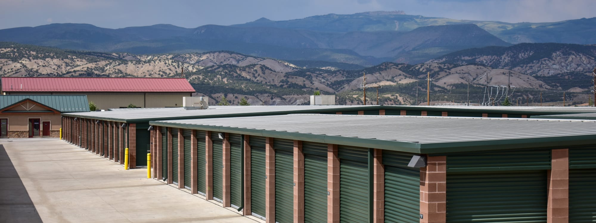 Self storage options at STOR-N-LOCK Self Storage in Gypsum, Colorado
