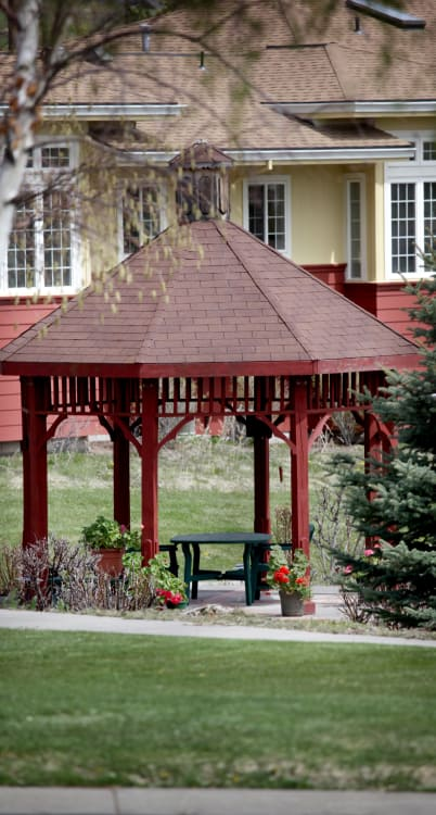 Klamath Falls senior living community has reviews
