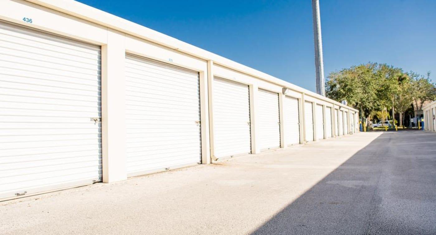 Atlantic Self Storage offers large exterior units