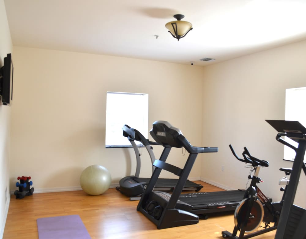Fitness center at Bunt Commons in Copiague, New York