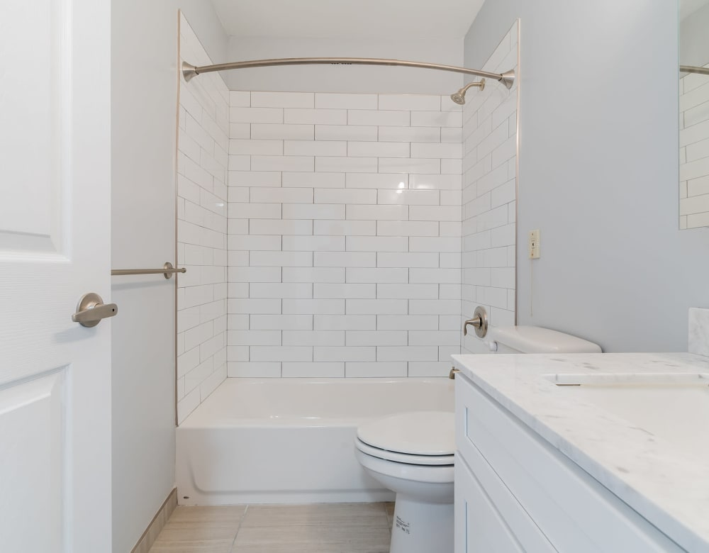 A large apartment bathroom at Bunt Commons III in Amityville, New York