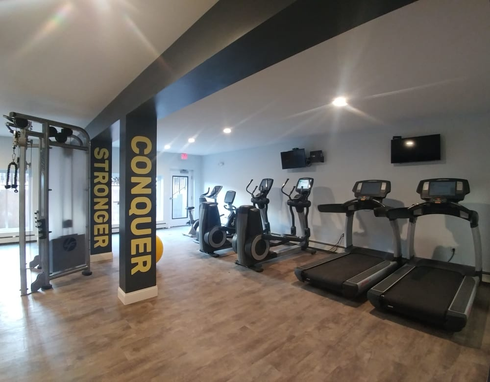 Full fitness center for residents to get a great workout in at Eagle Rock Apartments at West Hartford in West Hartford, Connecticut