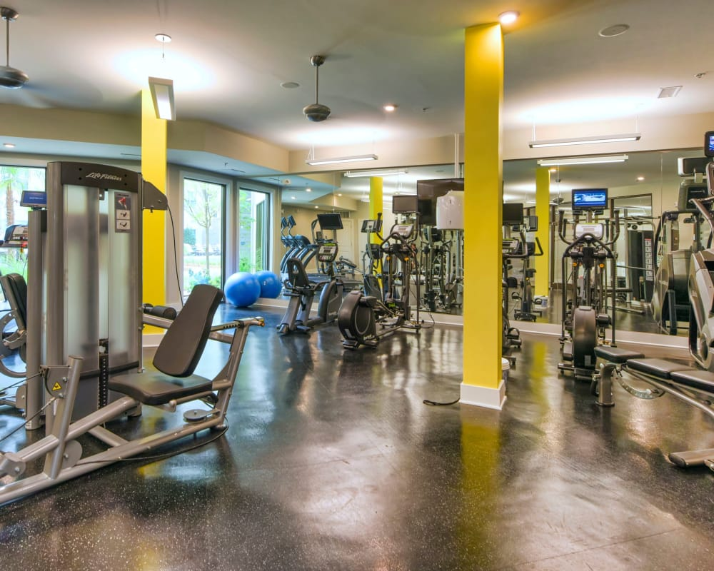 State-of-the-art fitness center at Axis Berewick in Charlotte, North Carolina