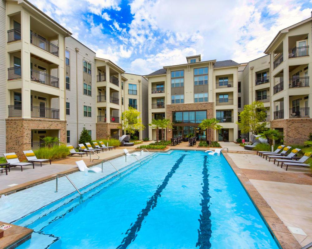 Resort-style swimming pool at Axis Berewick in Charlotte, North Carolina