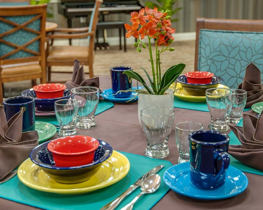Well decorated dining area table at Ravenwood Terrace Senior Living in Moberly, Missouri