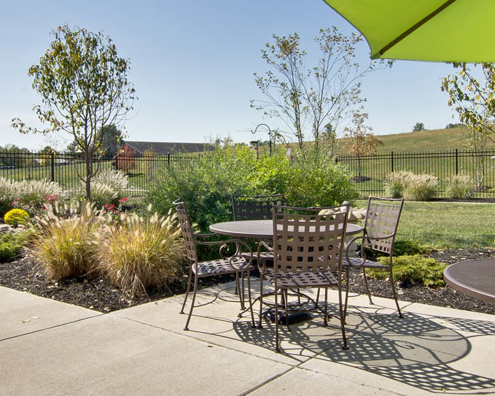 Covered outdoor seating at Sugar Creek Senior Living in Troy, Missouri