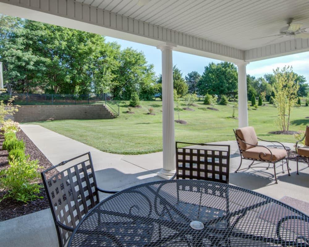 Covered outdoor seating at Maplebrook Senior Living in Farmington, Missouri